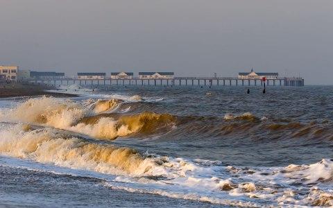 southwold-waves-pier.jpg