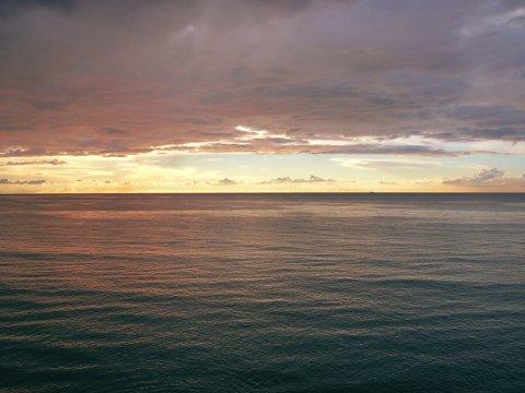 sea_dawn_by_blancstrawberry